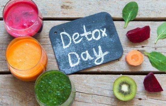 Detox: glasses of juice